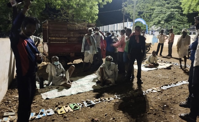 Madhya Pradesh Farmers Spend Night In Queue As Bank Reopens After Days
