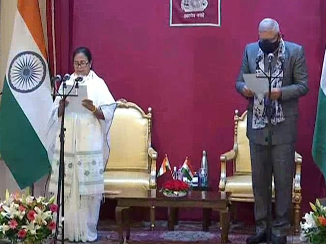 Video : Mamata Banerjee Takes Oath As Bengal Chief Minister For 3rd Time