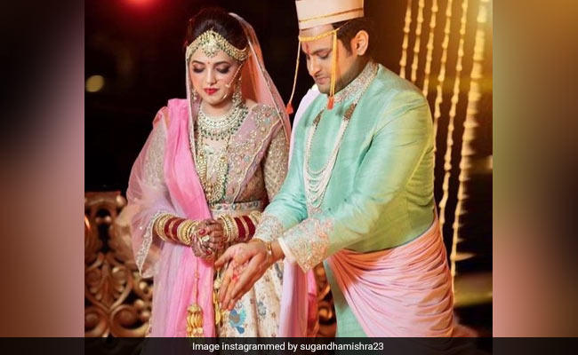 Trending: More Pics From Sugandha Mishra And Sanket Bhosale's Wedding