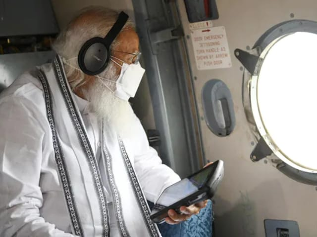 Video : PM Modi Conducts Aerial Survey Of Gujarat To Assess Cyclone Tauktae Damage