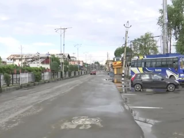 Video : Streets Of Srinagar Remain Deserted Due To Lockdown