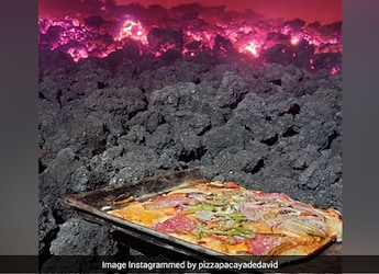 Wait, What: This Man Makes Pizza On Active Volcano - Watch Video