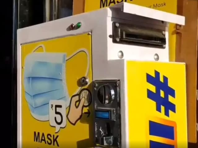 Video : Meet the Couple Who Made Chennai's Viral Mask Dispenser