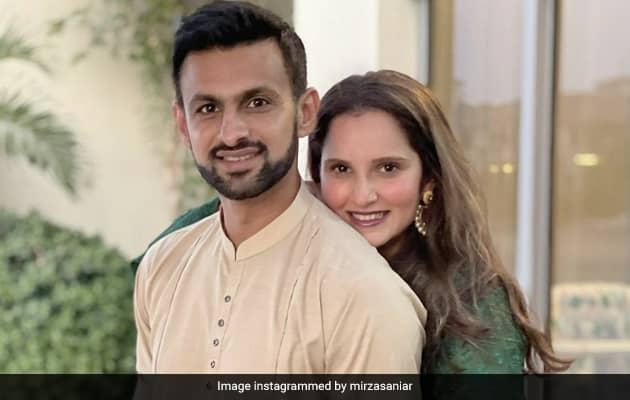 "Sania Mirza Shares ""Typical Post Pics"" With Husband Shoaib Malik"