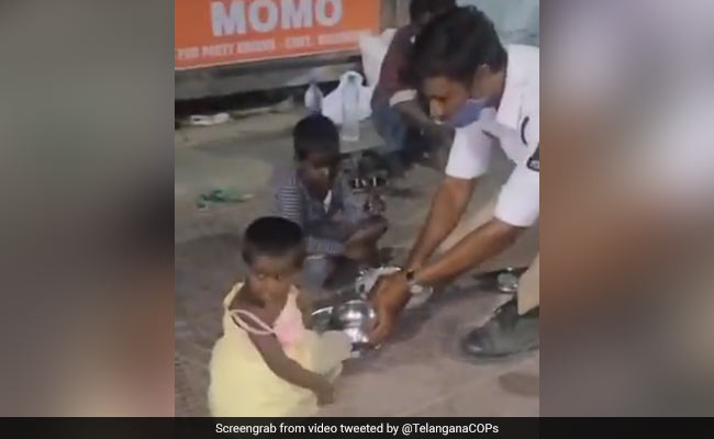 Viral Video: Hyderabad Cop Offering His Lunch To Homeless Kids Melts Internet