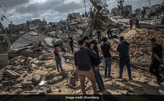 Israeli Tanks, Artillery Join Jets In Offensive Against Hamas
