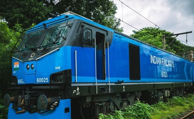 Alstom Delivers 100th Electric Locomotive As Part Of Biggest FDI In Indian Railways