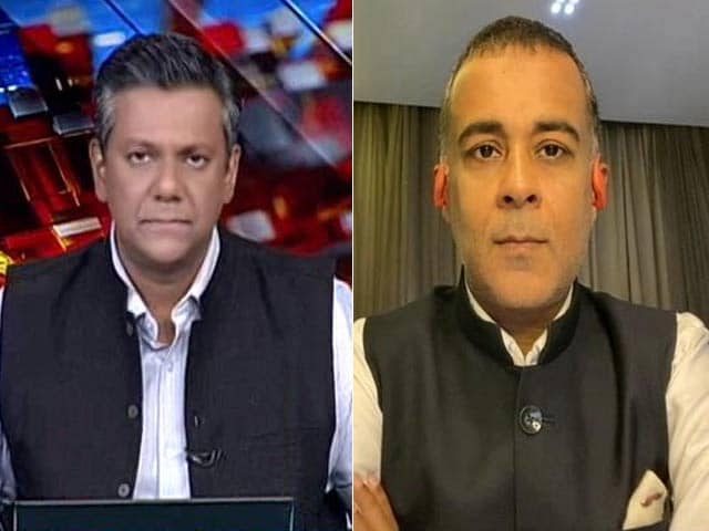 """Video : """"Government Must Proactively Shop For Vaccines"""": Chetan Bhagat To NDTV"""