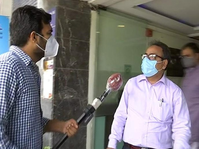 Video : Delhi: Patients Being Discharged Due To Lack Of Oxygen