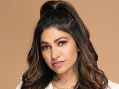 Singer Tulsi Kumar Comes Forward To Support 5000 People Affected By Covid-19
