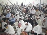 Video : Hundreds Gather For Friday Prayers Amid Covid In Hyderabad
