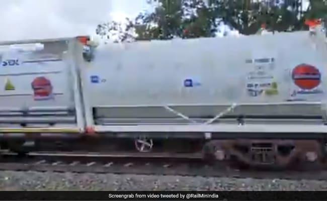 Andhra Pradesh Receives 1st Oxygen Express With 40 MT Oxygen