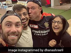"""Dhanashree Posts Pic With """"5AM Club"""", Says Going To Miss """"Bubble Family"""""""