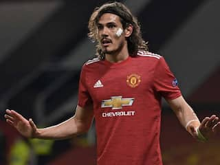 Edinson Cavani Signs One-Year Contract Extension With Manchester United