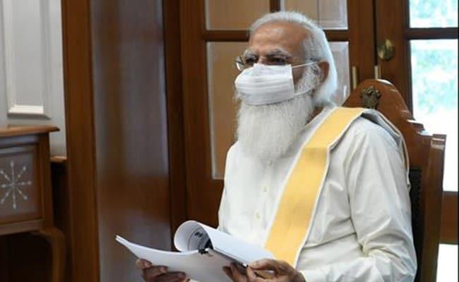 देश में कोरोना संकट पर PM मोदी की हाई लेवल मीटिंग जारी, टीकाकरण अभियान पर भी चर्चा