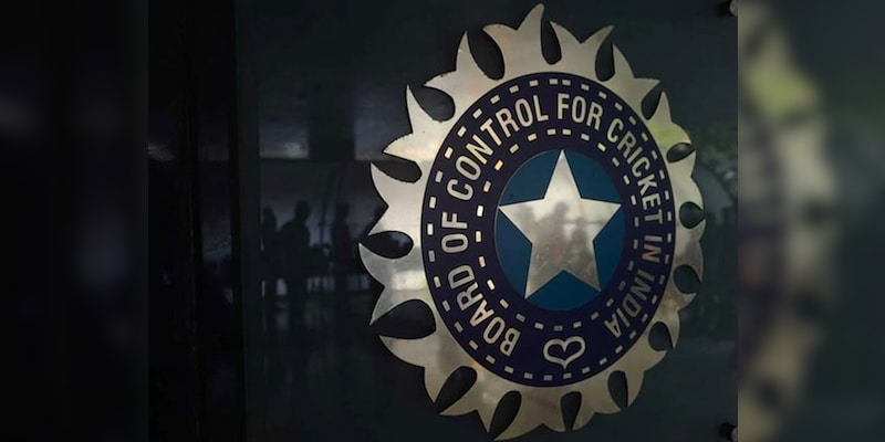 BCCI Set To Incur Losses Of Over Rs 2000 Crore Due To Covid-Forced Indian  Premier League 2021 Postponement, Says Report   Cricket News