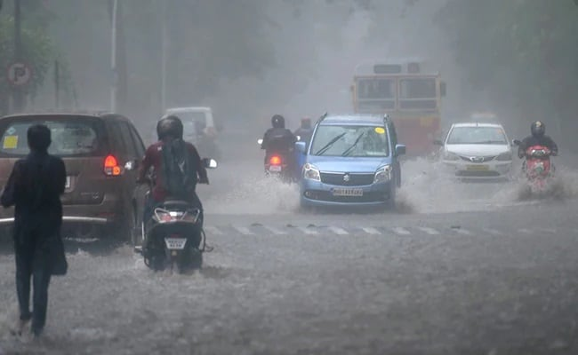 Cyclone Tauktae Hits Power For Over 18 Lakh In 2 Maharashtra Districts