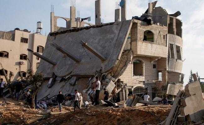 Israel Masses Troops Along Gaza As Rocket Fire, Air Strikes Escalate