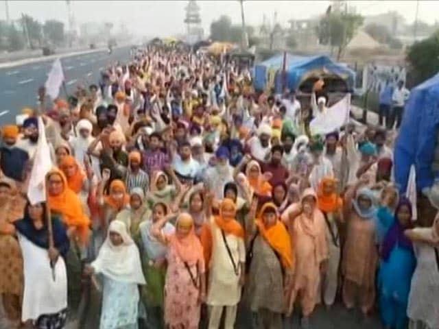 Video : Punjab Farmers Head To Delhi Border