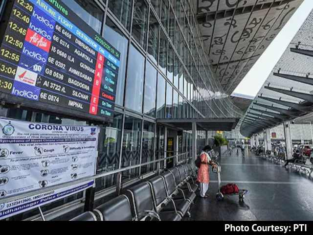 Video : As Cyclone Yaas Nears, Kolkata Airport To Suspend Ops, Army Deployed