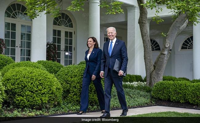 Biden, Kamala Harris's Incomes Dropped In 2020, Tax Returns Show