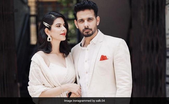 Actor Viraf Patel Ties The Knot With Saloni Khanna in Bandra court Spent Just 150 Rupees – टीवी एक्टर ने गर्लफ्रेंड से 150 रुपये में रचाई शादी, अंगूठी की जगह पहनाई रबर बैंड, बोले