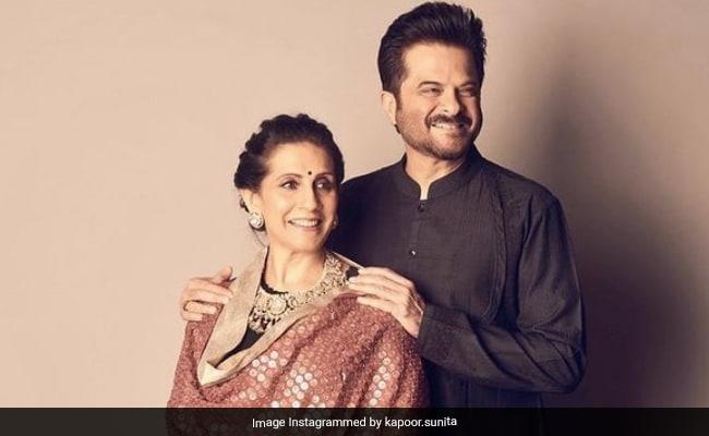Just A Glimpse Of Anil Kapoor's Enjoyable Dance ToRamta JogiIn Sunita Kapoor's Anniversary Post