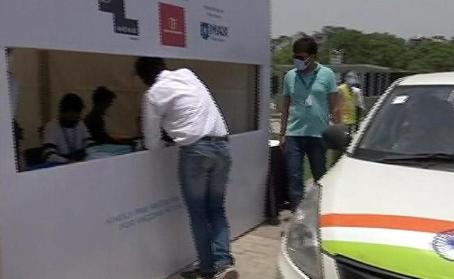 Now, A Drive-Through Vaccination Centre At Delhi Mall