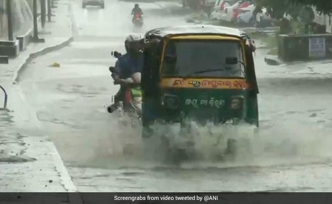 Bhubaneswar Receives Heavy Rainfall Due To Cyclone Yaas Effect