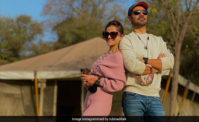 The Family Man 2: Manoj Bajpayee Doesn't Want This Person To See 'Ideal Pati' Abhinav Shukla's Tweet