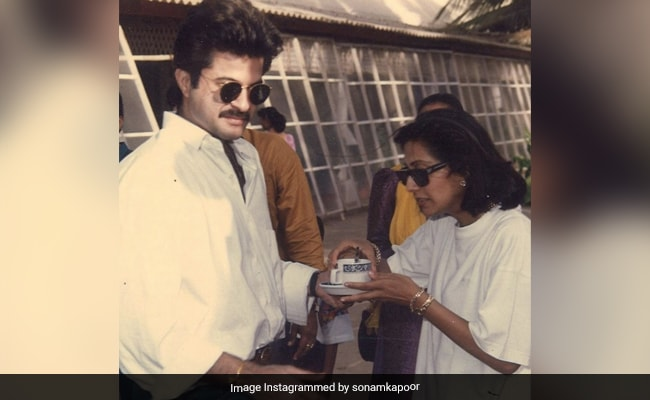 '48 Years And A Lifetime To Go': Sonam Posts Throwback Pics On Anil And Sunita Kapoor's Anniversary