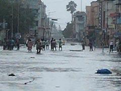 कमजोर पड़ा चक्रवाती तूफान 'यास', बंगाल में 3 लाख घर क्षतिग्रस्त, 10 बड़ी बातें