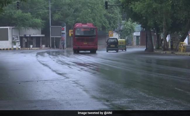 Rain In Delhi, Neighbouring Cities As Cyclone Tauktae Weakens