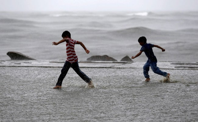 Monsoon Likely To Hit Southern Coast Tomorrow: Weather Office