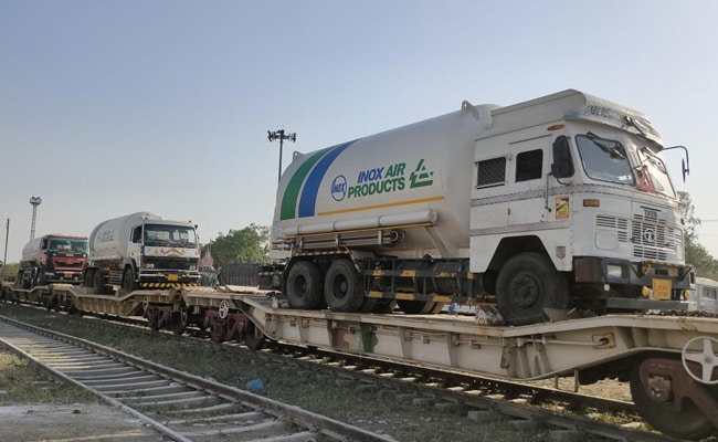 राजस्थान की पहली ऑक्सीजन स्पेशल ट्रेन पहुंची कोटा, रंग लाई लोकसभा अध्यक्ष ओम बिरला की कोशिश