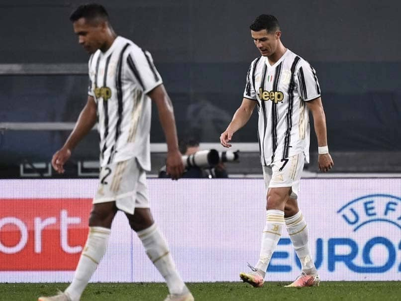 """The head of the Italian Football Federation said that Juventus """"will be out"""" of Serie A if they do not pull out of the proposed Super League."""