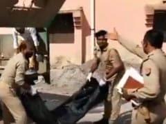 On Camera, Uttar Pradesh Cops Caught Dumping Man's Body Into Garbage Van