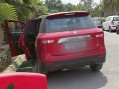 Woman Dies In Car Outside Noida Hospital, Gasping, Unable To Find Bed