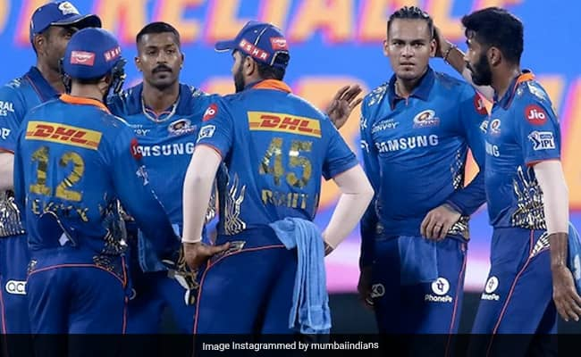Mumbai Indians fielding coach James Pamment has claimed senior Indian players did not like being subjected to restrictions inside bio Bubble