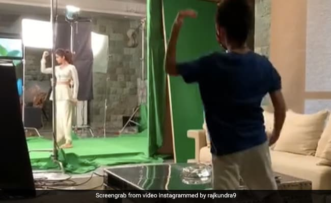 Another Super Dancer In Shilpa Shetty's Family - Son Viaan Matches Her Step For Step