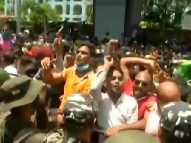 Video : Bail For Mamata Banerjee's Ministers, 2 Others In Narada Case On Hold