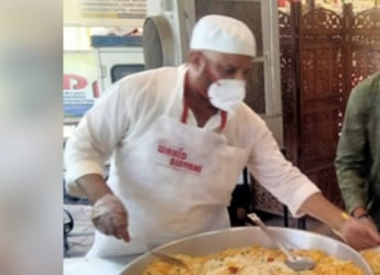 Hunger Heroes: Lucknow's Wahid Biryani Distributes Free Food To Hungry Amid COVID-19