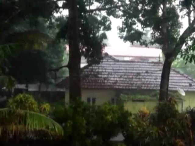 Video : Kerala's Kottayam Witnesses Heavy Rain