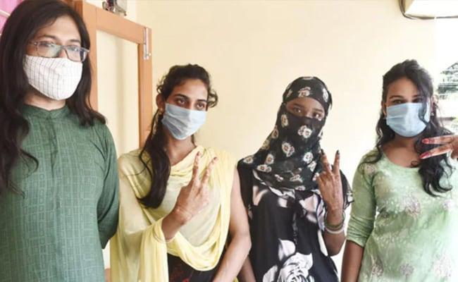 Assam Starts Special Covid Vaccination Drive For Transgenders – असम: ट्रांसजेंडर समुदाय के लिए चली स्पेशल वैक्सीनेशन ड्राइव, 30 को मिली पहली डोज