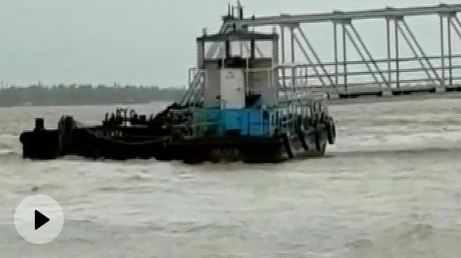 Video   Cyclone Yaas To Hit North Odisha By Noon, Bengal On High Alert