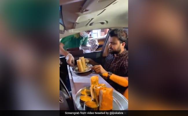 Lockdown में बाहर खाना खाने के लिए शख्स ने किया गजब जुगाड़, IPS बोला- 'इसे कोई भी अपना सकता है…' – देखें Viral Video