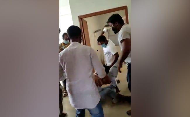Caught On Camera, Horrific Assault Of Doctor By Family Of Covid Victim