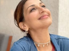 Who Clicked This Gorgeous Pic Of Sonali Bendre? Bestie Sussanne Khan, Duh
