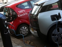 Britain In Talks With 6 Firms About Building Gigafactories For EV Batteries: Report