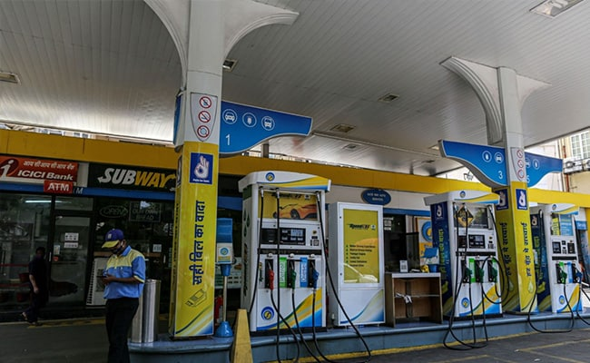 Petrol, Diesel Prices Steady On Saturday: Check Rates Here
